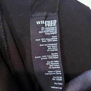 Aritzia Pants - Wilfred Free Two-Toned Vegan Leather Leggings